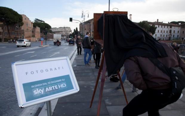 Sky-Arte-Fotografi-in-via-dei-Fori1-620x388