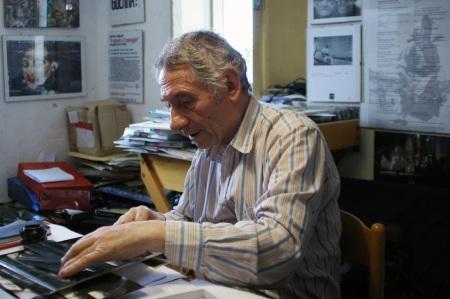 Mario Dondero nella sua casa di Fermo - Immagine di Luigi Burroni